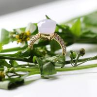 CHEAP RING IN 18k GOLD WITH JADE LAVANDE AND DIAMONDS